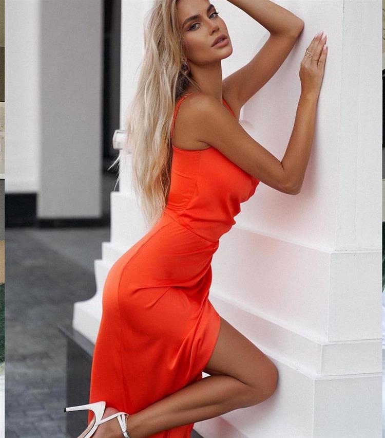 blonde-istanbul-busty-escort-3623.jpg