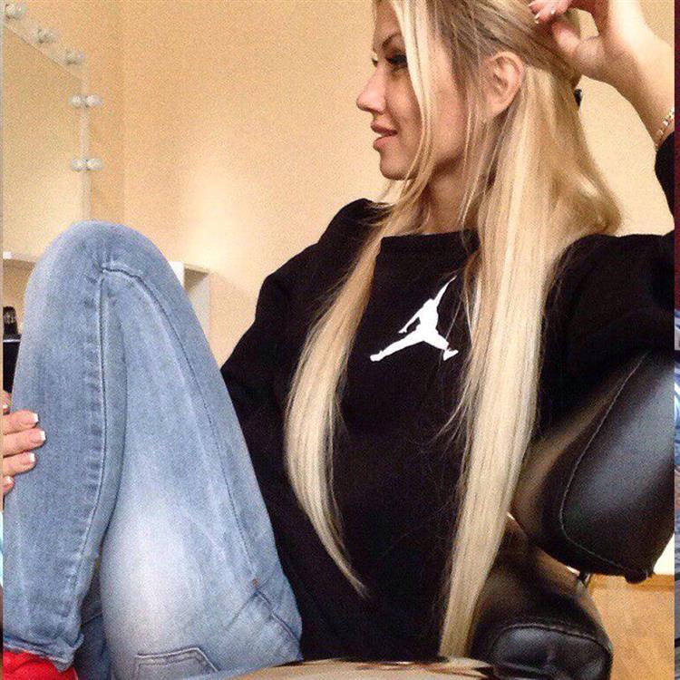 blonde-istanbul-escort-1257.jpg